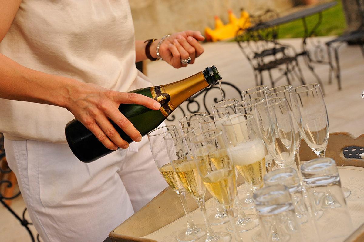 Pour vos séminaires, mariages, Anniversaires, fêtes de famille, enterrements de vie de jeune fille… (Ardèche, Vals, Aubenas)