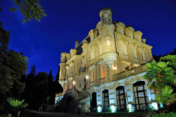 chateau-nuit-feerie-ardeche